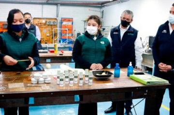 Estudiantes mexiquenses ganan medalla de oro en Certamen Internacional de Ciencias