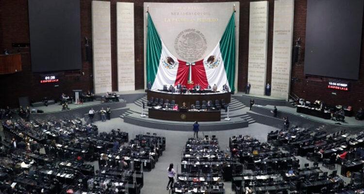 La Cámara de Diputados aprobó, en lo general, la minuta que expide la Ley Federal de Revocación de Mandato